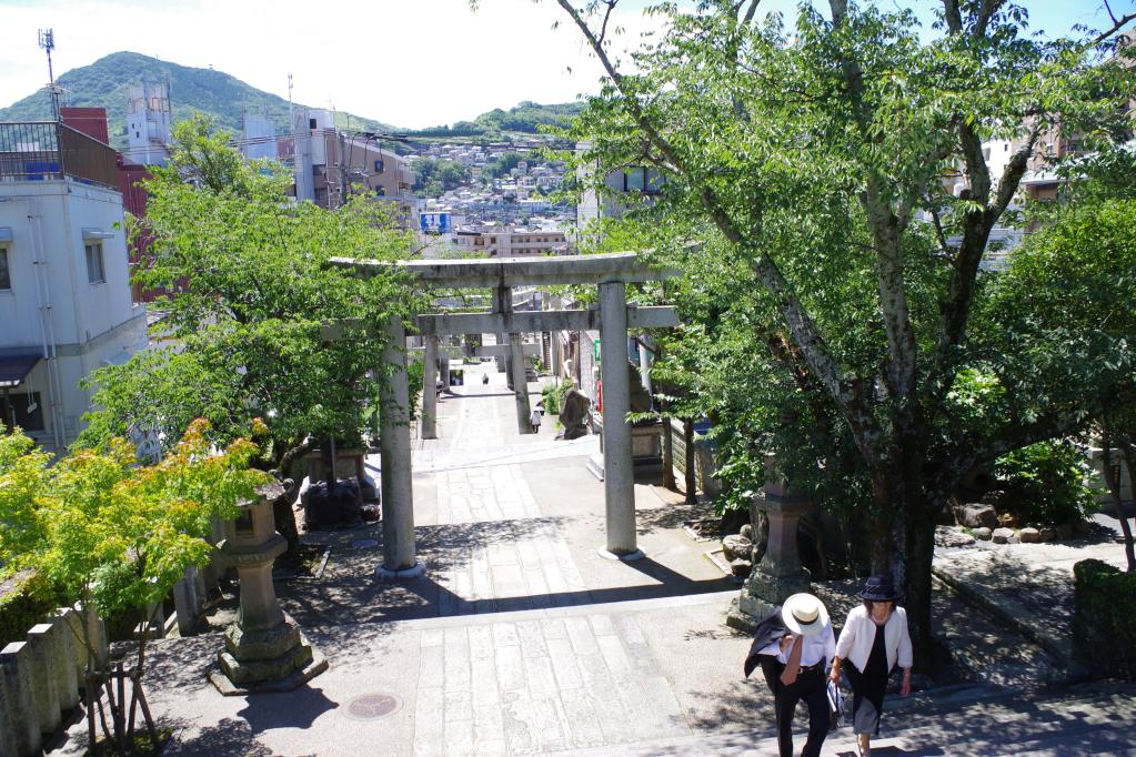 諏訪神社の階段