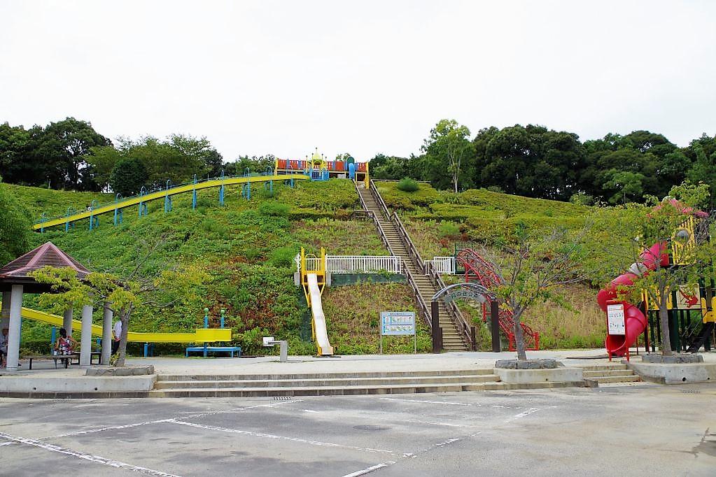 月の丘公園駐車場